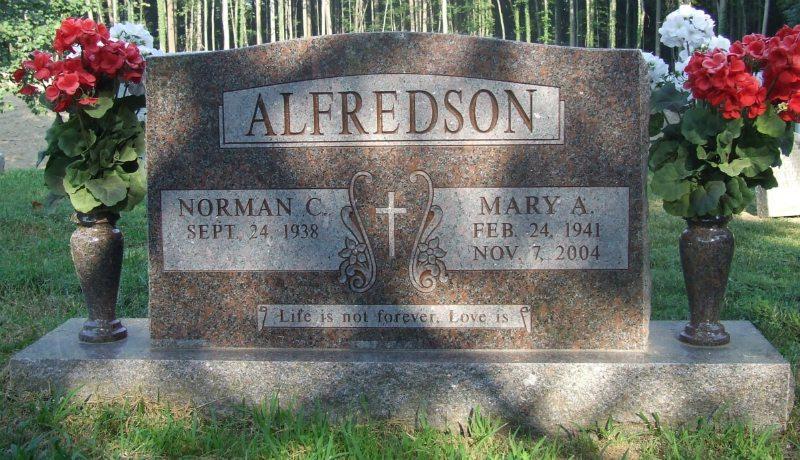 Family Monument in Chestnut Grove Cemetery