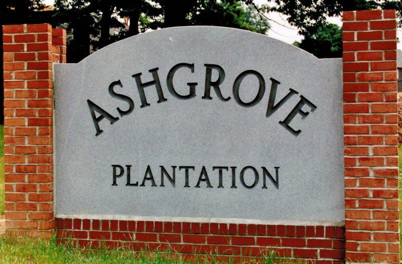 Ashgrove Plantation sign by Kline Memorials