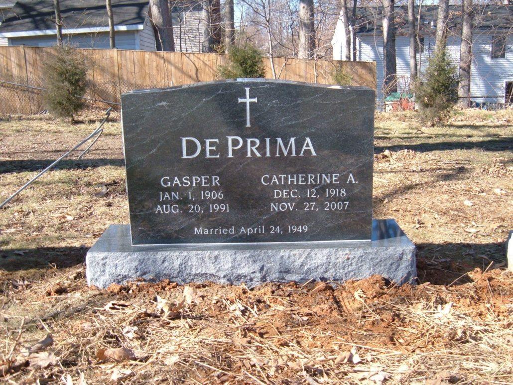 Family Memorial in Chestnut Grove Cemetery